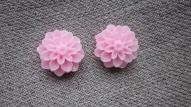 Rozā puķīte