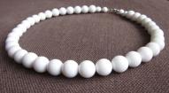 Apaļu marmora pērļu rota