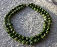 Divrindu zaļu akrila pērļu rota